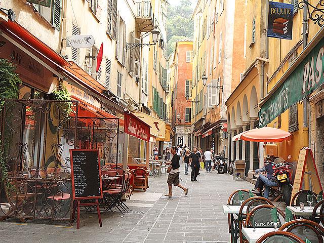 Nice-Cote-dAzur-oude-binnenstad-old-town
