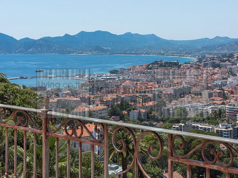 Cannes private estate in basse Californie