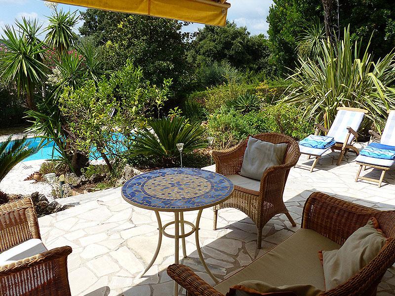 Biot charmante proven aalse villa met zwembad 790000 - Provencaalse terras ...