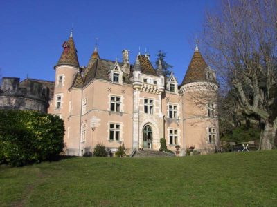 Bed en Breakfast kasteel Bourgogne te koop
