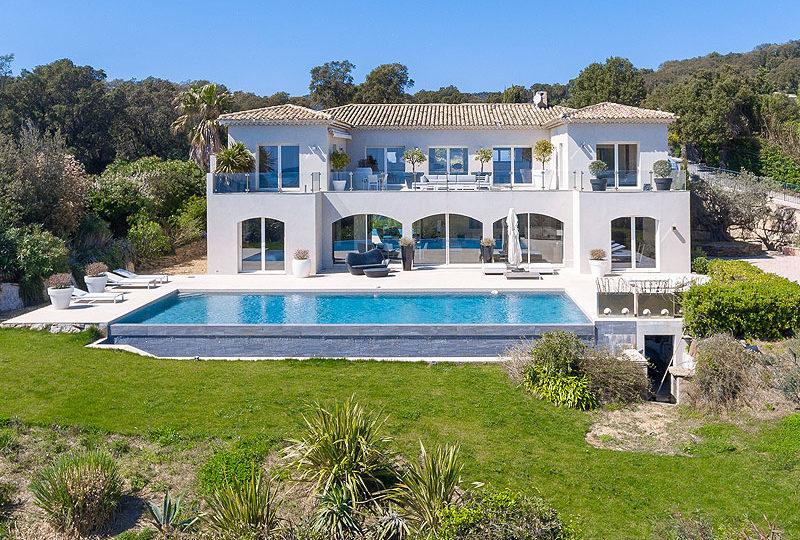 Nieuwe villa te koop Grimaud