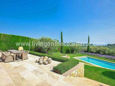 Te koop: Gerenoveerde luxe stenen villa Mougins7 slaapkamers