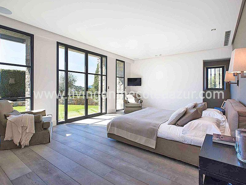te koop gerenoveerde luxe stenen villa mougins 7 slaapkamers