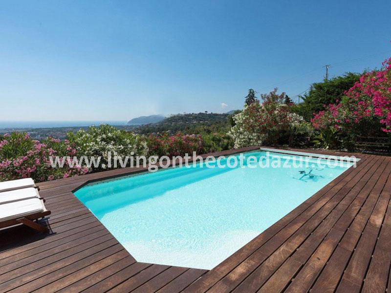 Moderne villa in Mandelieu, vlakbij Cannes
