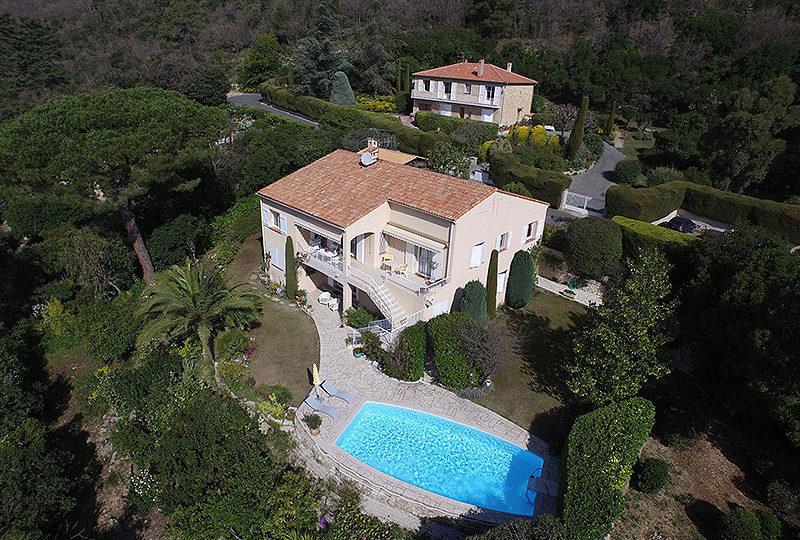 Luxe villa penthouse of nieuwbouw appartement in zuid for Luxe villa met zwembad