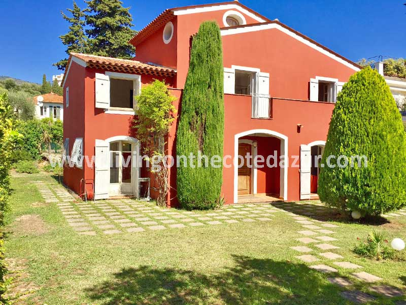 Opknapper: klassieke villa in Saint Jean Cap Ferrat te koop