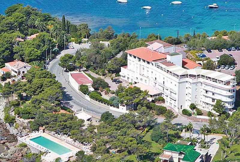 Exclusief art-deco penthouse direct aan zee Agay Saint Raphael