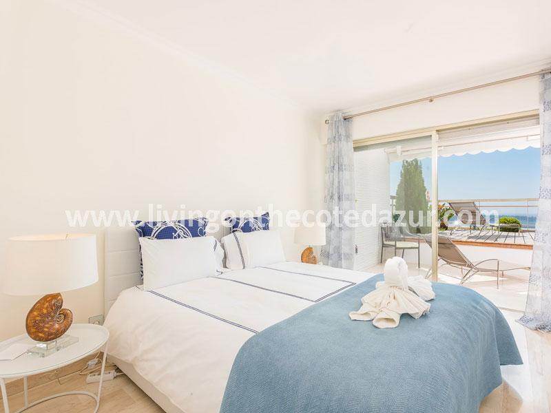 Smaakvol appartement Cannes Californie met zeezicht en zwembad