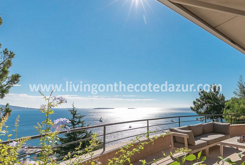 moderne villa aan zee Theoule sur mer te koop