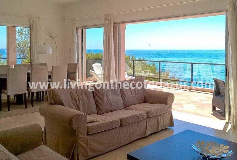 Zeldzame villa direct aan het water in Sainte Maxime