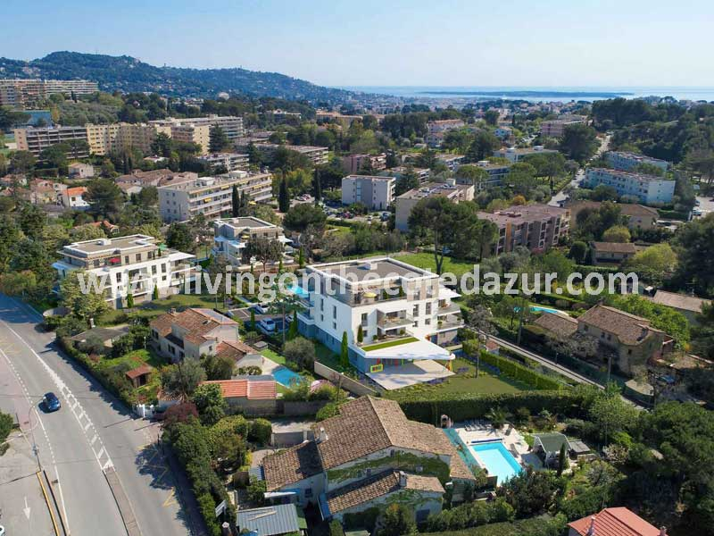 Modern nieuwbouw appartement in de heuvels van Cannes