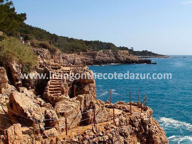 Nieuwbouw Cap d'Antibes; wonen in de voetsporen van F. Scott Fitzgerald en Al Capone