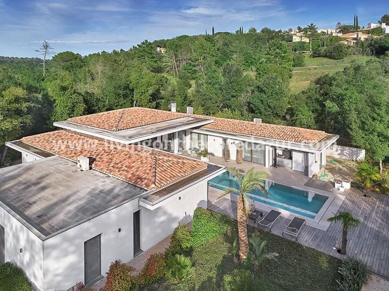 Valbonne: luxe California style villa te koop