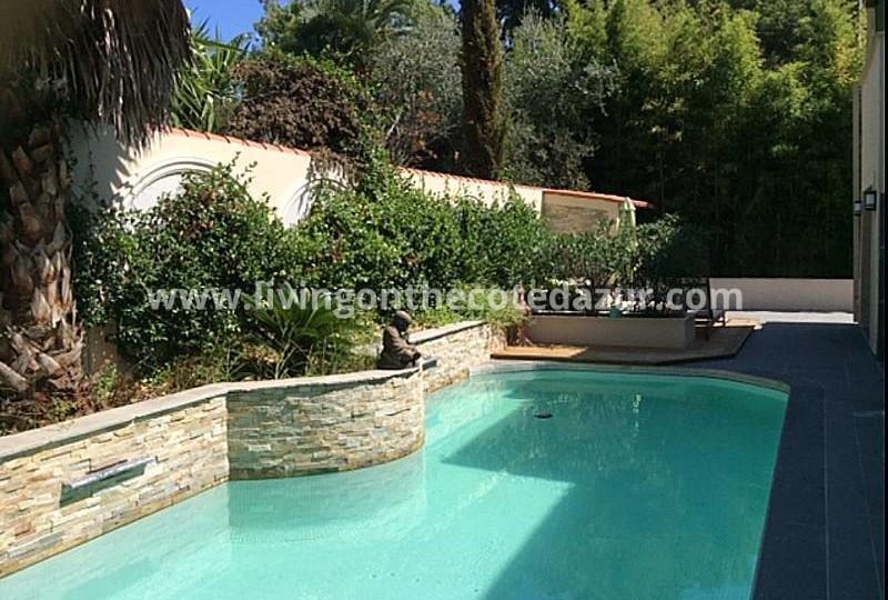 Zeer luxe stadsvilla in centrum Cannes met zwembad, hamam, studio