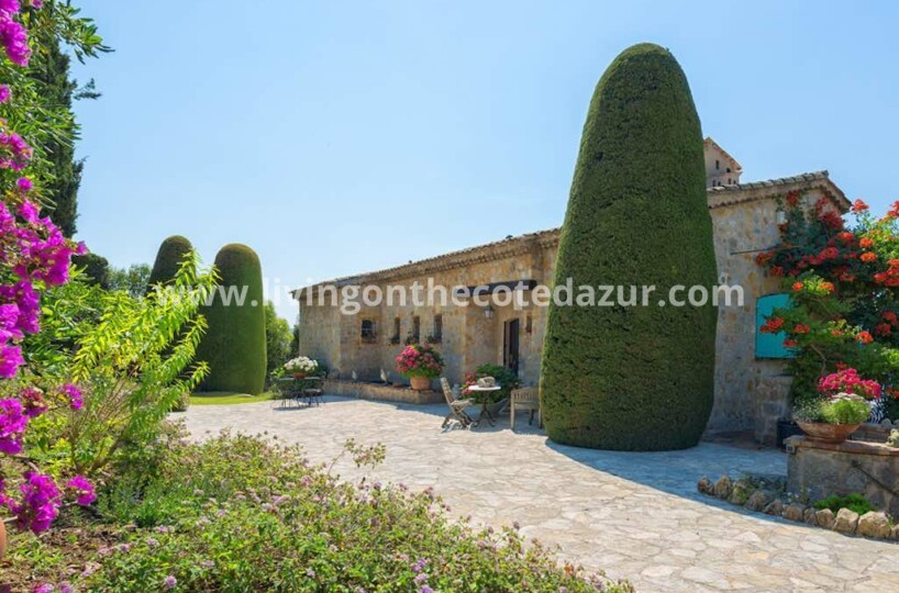 De perfecte investering: Provencaalse villa in Mougins Zuid Frankrijk